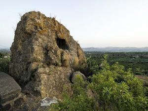 la-pietra-pirciata-necropoli